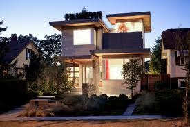 Playa: A LEED Platinum Home in a McMansion Neighborhood