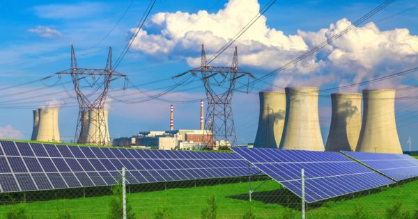 Nuclear Power vs Solar Power: Which Is the Better Carbon-Free Energy Source?