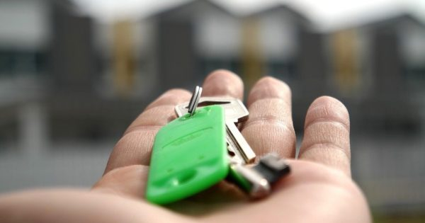 Top Tips for Renting to Students